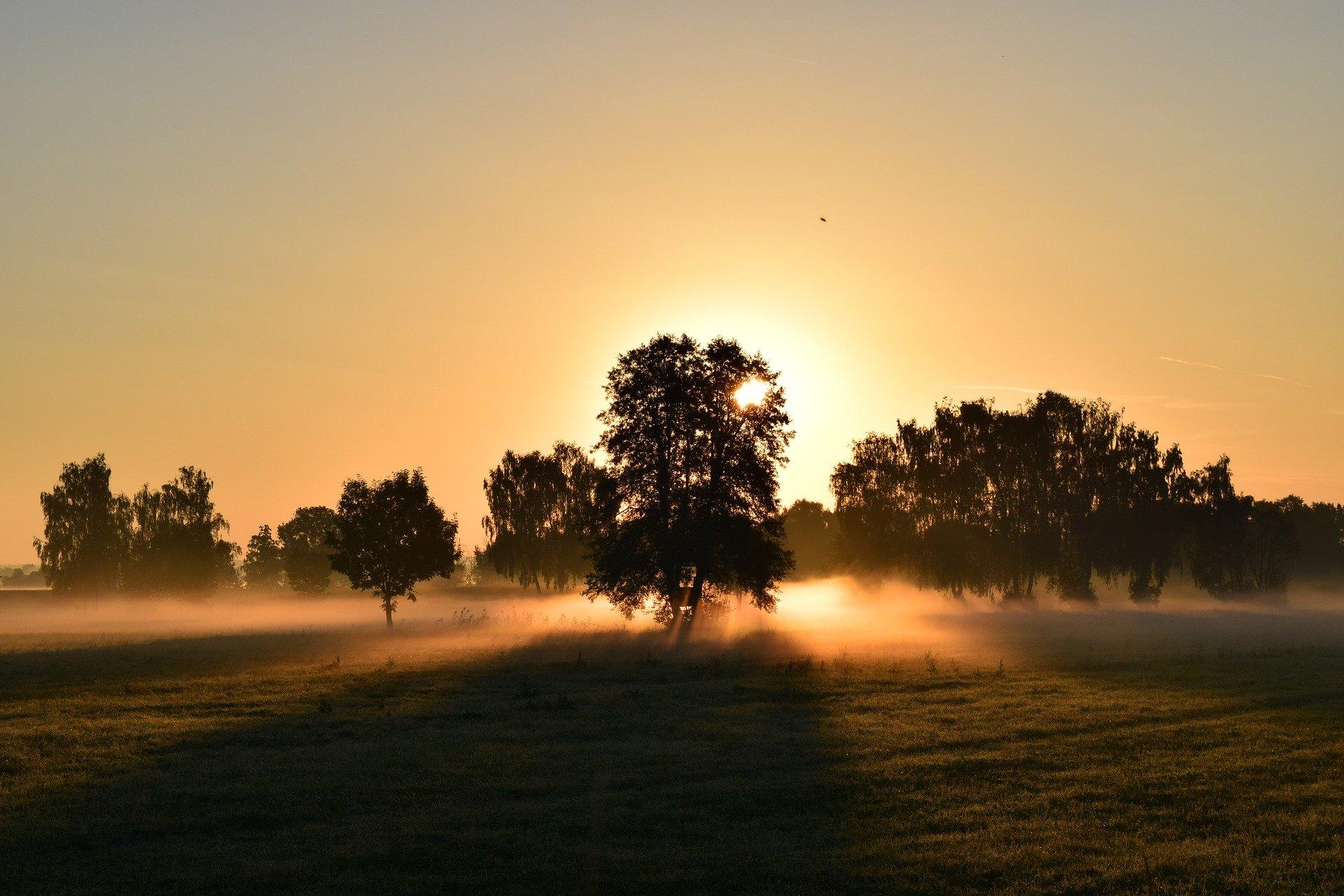 sunrise-1634734_1920
